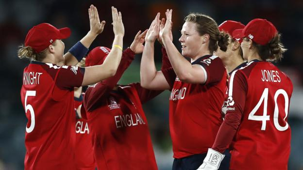 England ease to victory over Pakistan at Women's T20 World Cup
