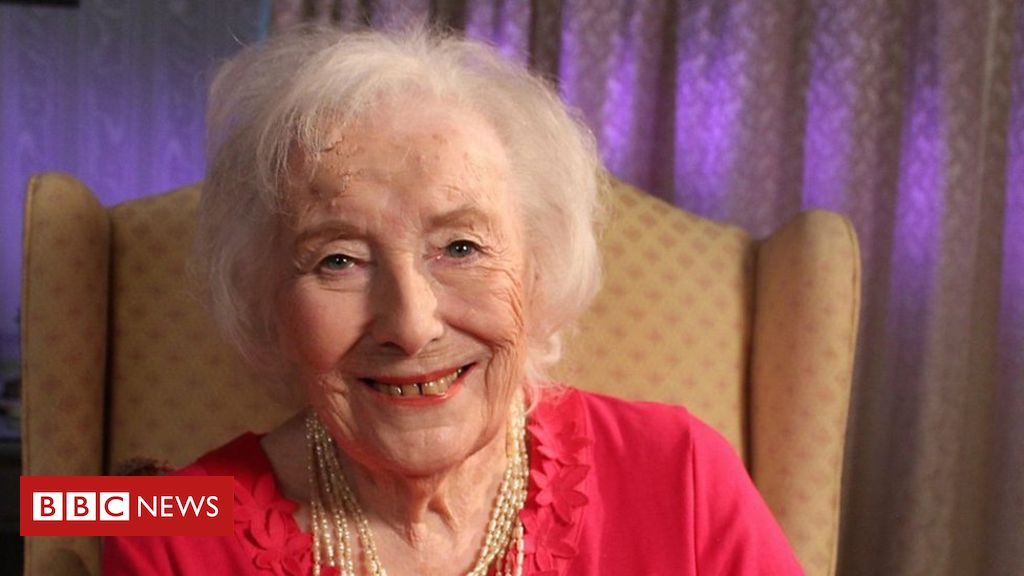 Dame Vera Lynn breaks her own chart record
