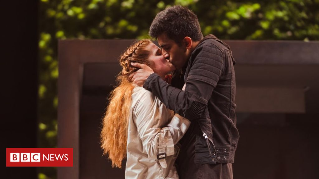 RSC 『appalled』 after Romeo and Juliet cast called 'garishly diverse'