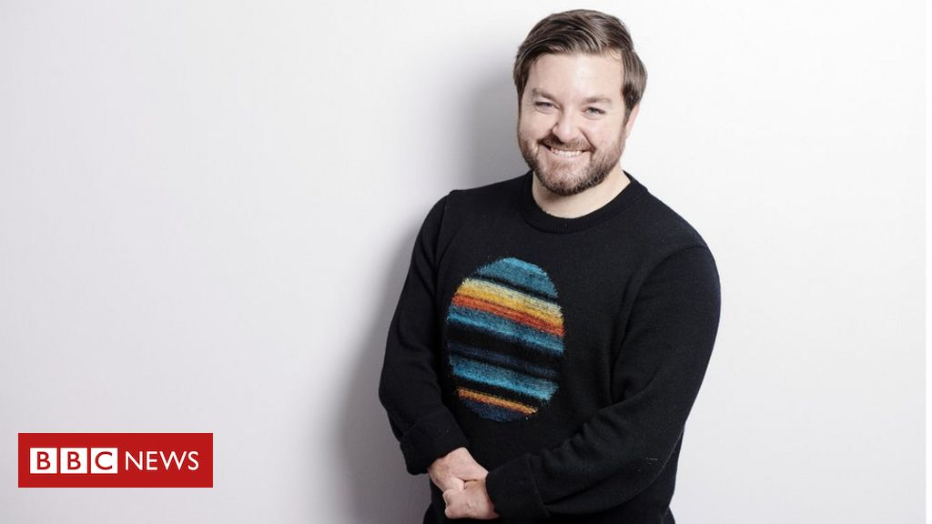 The Last Leg's Alex Brooker: 『Viewers don't define me by my disability』