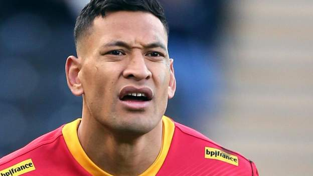 Israel Folau: Catalans Dragons player not taking knee was 『personal choice』