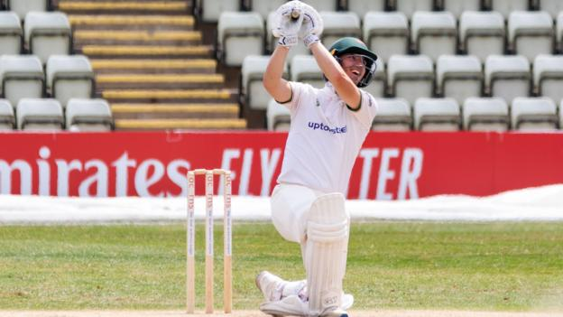 Bob Willis Trophy: Ben Slater career-best gives Leicestershire lead against Lancashire