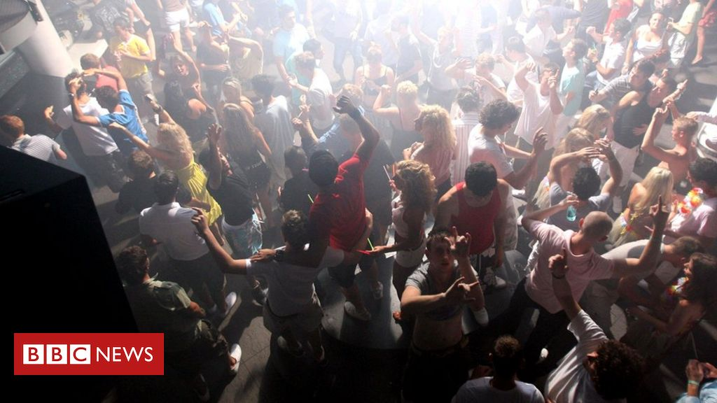 Illegal raves fill 『cultural void』 say club owners